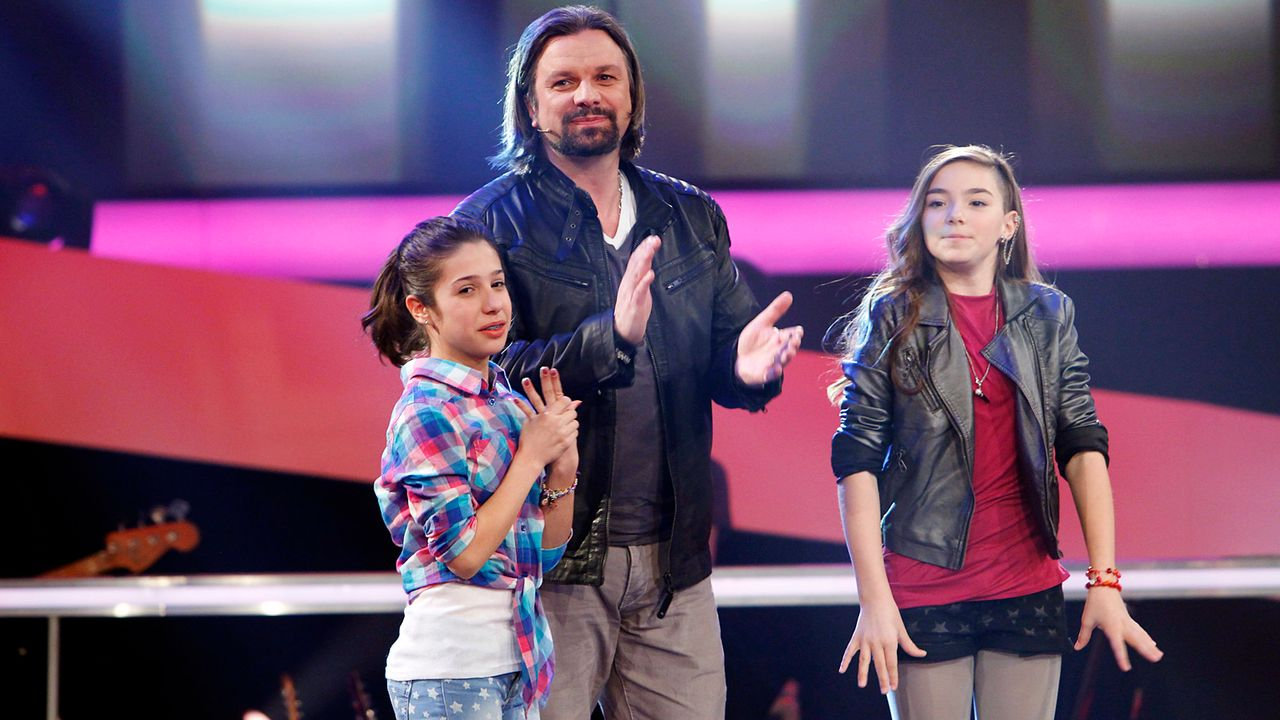 The-Voice-Kids-epi05-StephanieMichele-4-SAT1-Richard-Huebner - Bildquelle: SAT.1/Richard Hübner