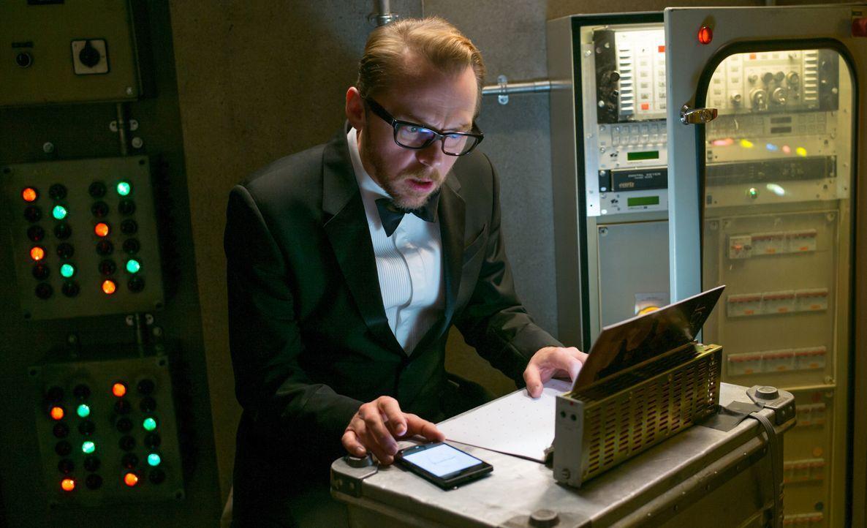 Hacker Benji Dunn (Simon Pegg) ist ein Spezialist auf seinem Gebiet. Mit allen Mitteln probiert er, Hunt zu helfen ... - Bildquelle: David James 2015 PARAMOUNT PICTURES. ALL RIGHTS RESERVED. / David James
