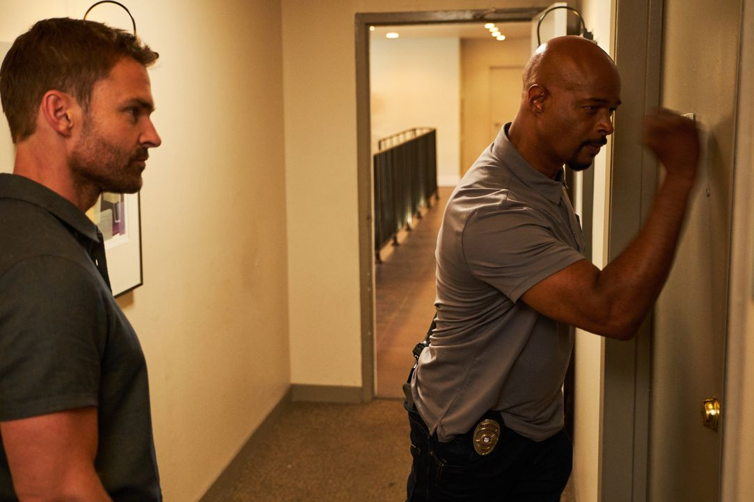 Wesley Cole (Seann William Scott, l.); Roger Murtaugh (Damon Wayans, r.) - Bildquelle: John P. Fleenor 2018 Warner Bros. Entertainment Inc. All Rights Reserved.