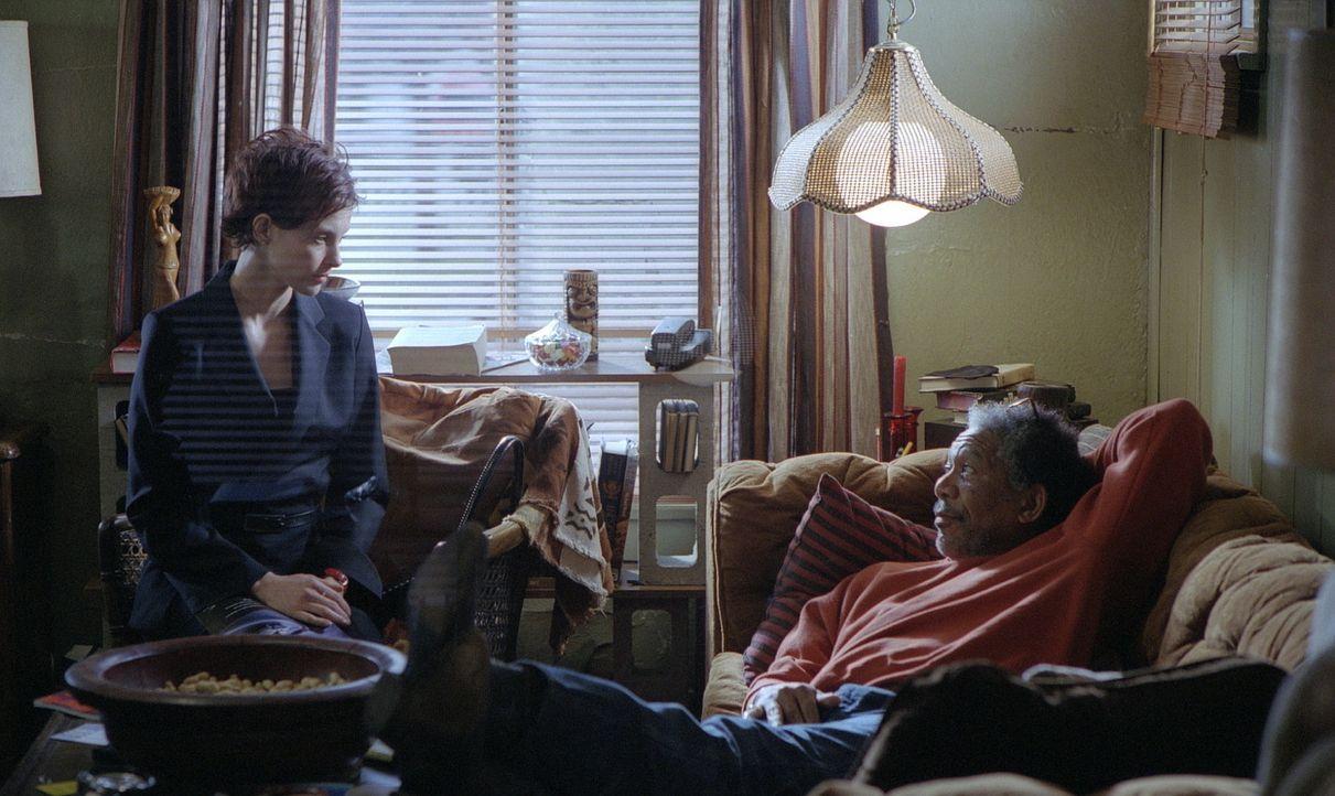 Das Leben der erfolgreichen Anwältin Claire Kubik (Ashley Judd, l.) wird kurz vor Weihnachten völlig auf den Kopf gestellt, als ihr Ehemann Tom ve... - Bildquelle: 20th Century Fox Film Corporation