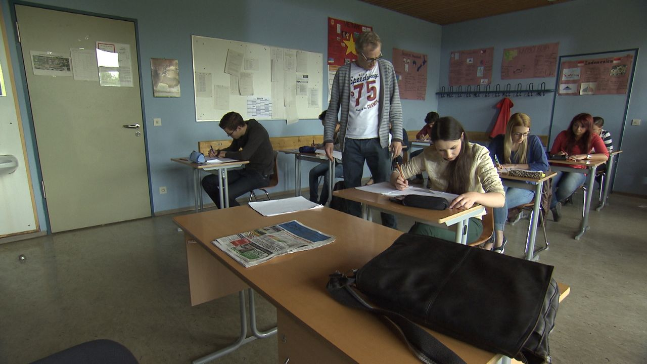 Abitur-um-jeden-Preis1 - Bildquelle: SAT.1
