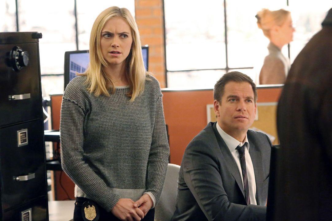 Das Team um Bishop (Emily Wickersham, l.) und Tony (Michael Weatherly, r.) macht sich auf die Suche nach einem Terroristen ... - Bildquelle: CBS Television
