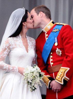 William-Kate-Balkonauftritt-10-11-04-29-300_404_AFP - Bildquelle: AFP