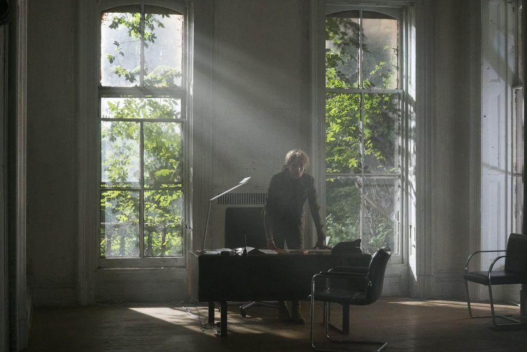 Will schon bald gnadenlos zuschlagen: Shepherd (Michelle Hurd), die scheinbar nicht mehr zu stoppen ist ... - Bildquelle: Warner Brothers