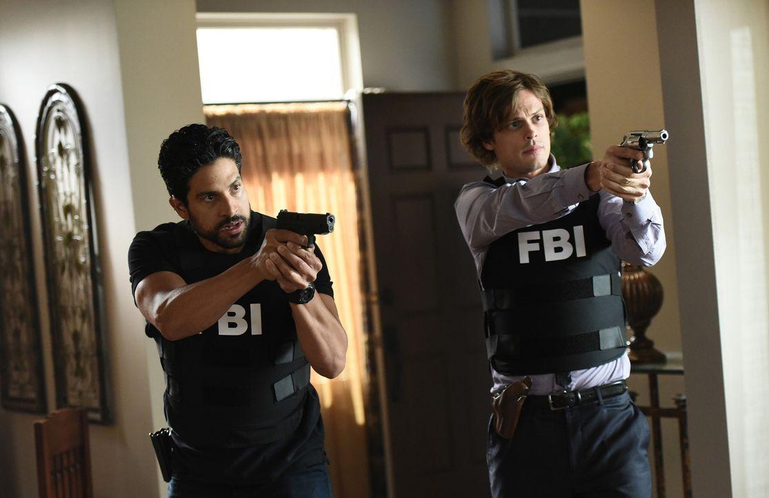 Geben alles, um Schlimmeres zu verhindern: Luke (Adam Rodriguez, l.) und Reid (Matthew Gray Gubler, r.) ... - Bildquelle: Eddy Chen ABC Studios