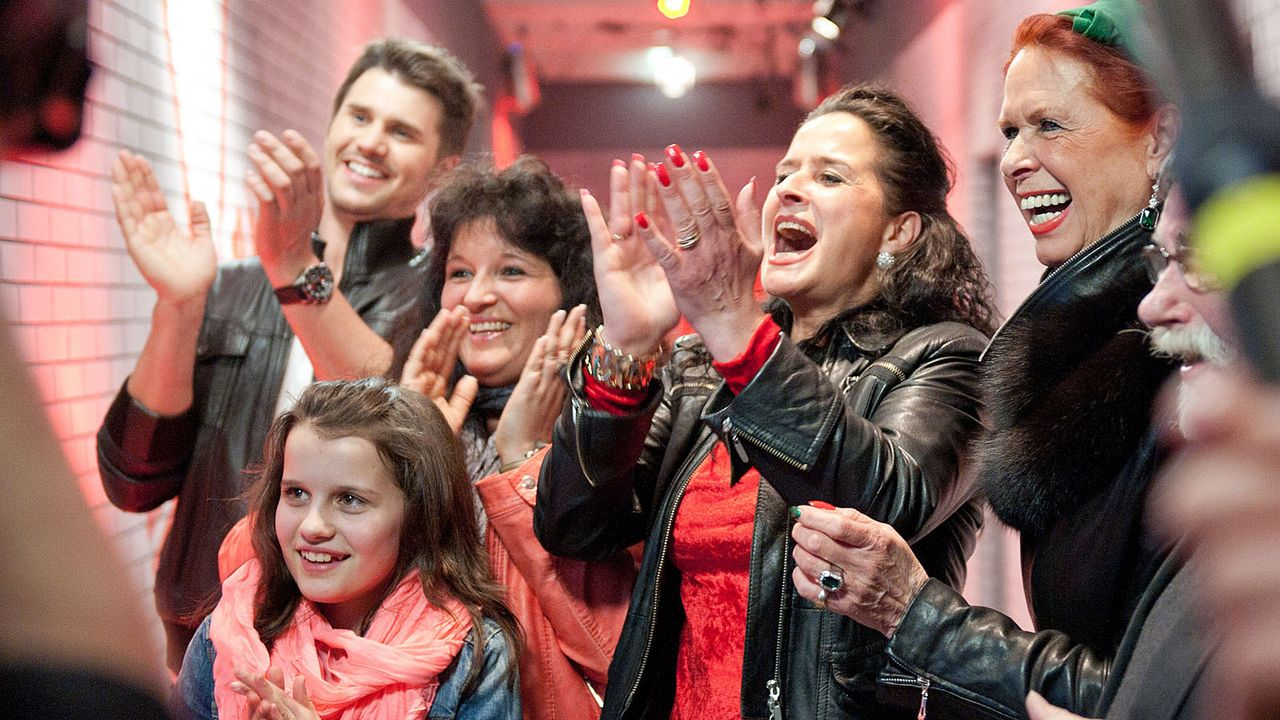 The-Voice-Kids-s01e02-Lisa-12 - Bildquelle: SAT.1/Andre Kowalski