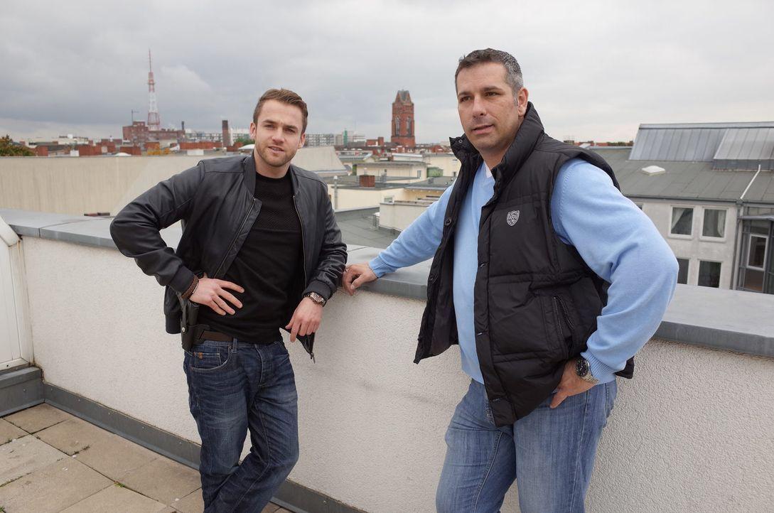 Die Kommissare Dirk Menske und Mirko Büring ermitteln in Berlin - Bildquelle: SAT.1