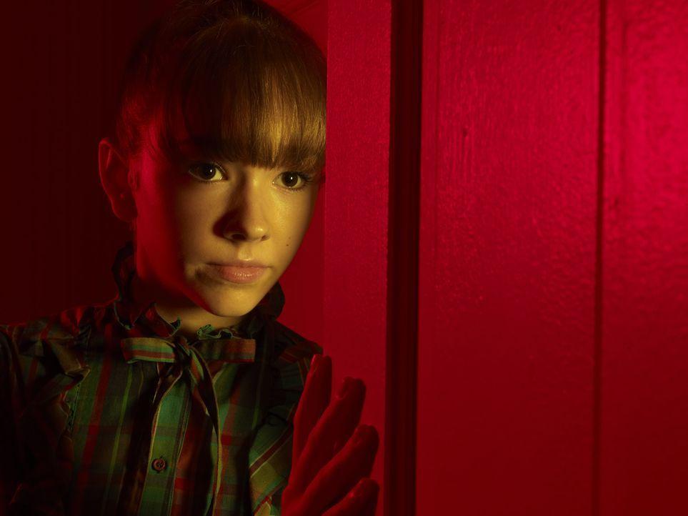 (1. Staffel) - Das Chaos nimmt seinen Lauf, als sich die Tochter (Holly Taylor) der KGB-Agenten Jennings in den Sohn eines FBI-Agenten verliebt, der... - Bildquelle: 2013 Twentieth Century Fox Film Corporation and Bluebush Productions, LLC. All rights reserved.