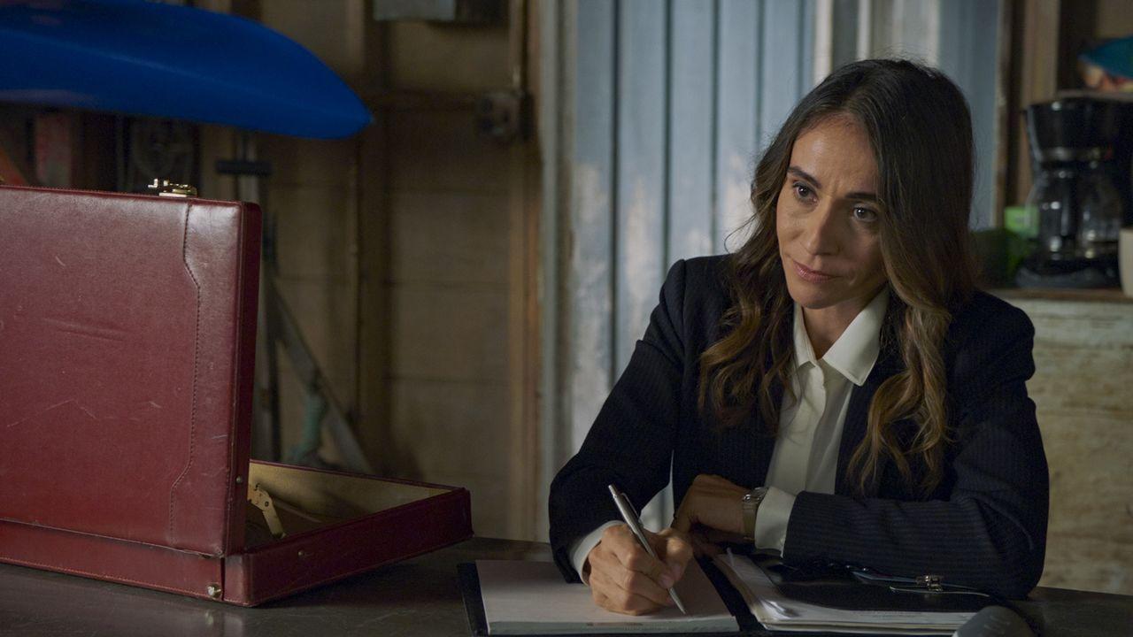 DCSA Agent Rosa Martinez (Presciliana Esparolini) - Bildquelle: 2020 CBS Broadcasting, Inc. All Rights Reserved.