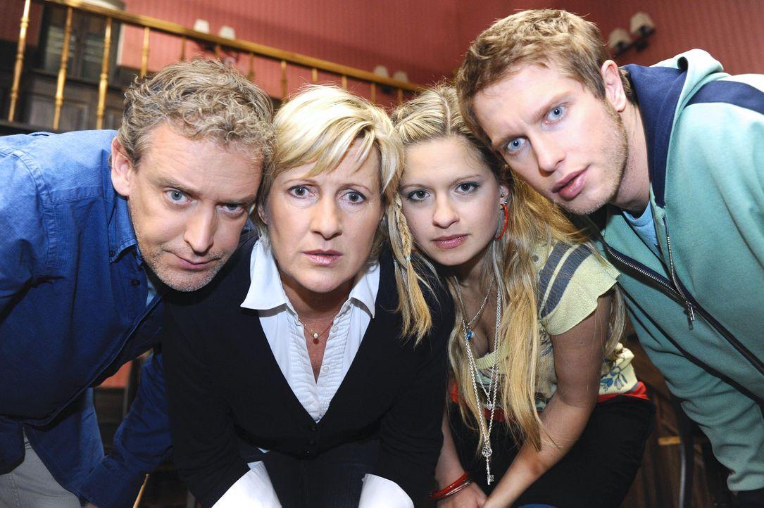 Anna-und-die-Liebe-Folge-364-06-Sat1-Oliver-Ziebe - Bildquelle: SAT.1/Oliver Ziebe