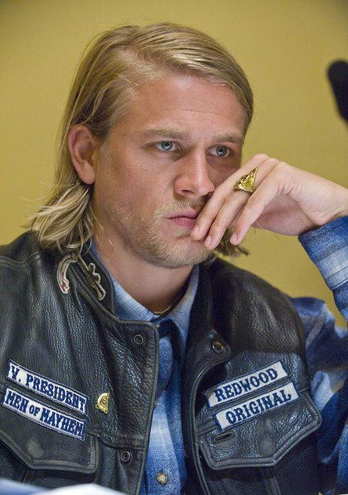 Als Jax (Charlie Hunnam) erfährt, dass ATF-Agent Joshua Kohn die Stadt noch immer nicht verlassen hat, greift er zu härteren Maßnahmen ... - Bildquelle: 2008 FX Networks, LLC. All rights reserved.