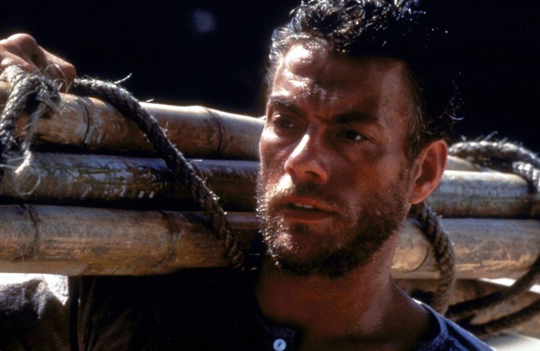Auf der Flucht vor der Polizei muss der Lebenskünstler Chris Dubois (Jean-Claude van Damme) New York verlassen ... - Bildquelle: Universal Pictures