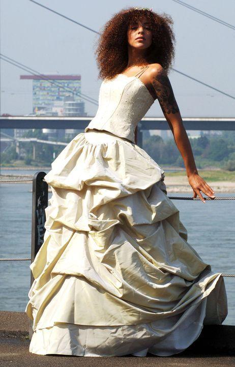 Hochzeitskleider-05-dpa - Bildquelle: dpa