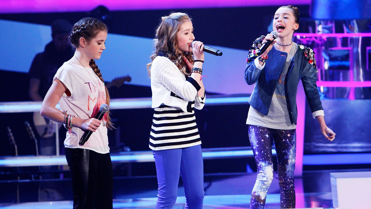 The-Voice-Kids-epi04-Rita-Sarah-Alexandra-2-SAT1-Richard-Huebner - Bildquelle: SAT.1/Richard Hübner