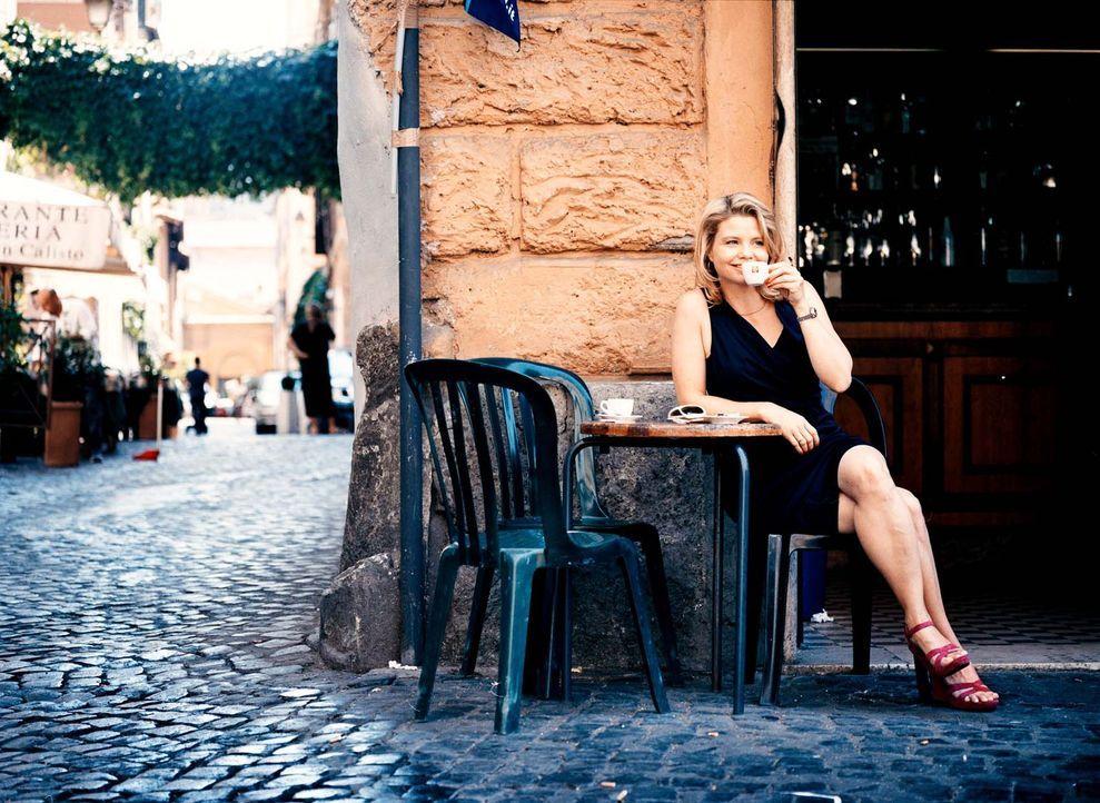Bei einem Trip nach Rom lernt Marie (Anette Frier) ihre Mutter von einer ganz anderen Seite kennen ... - Bildquelle: Mathias Bothor Sperl Productions