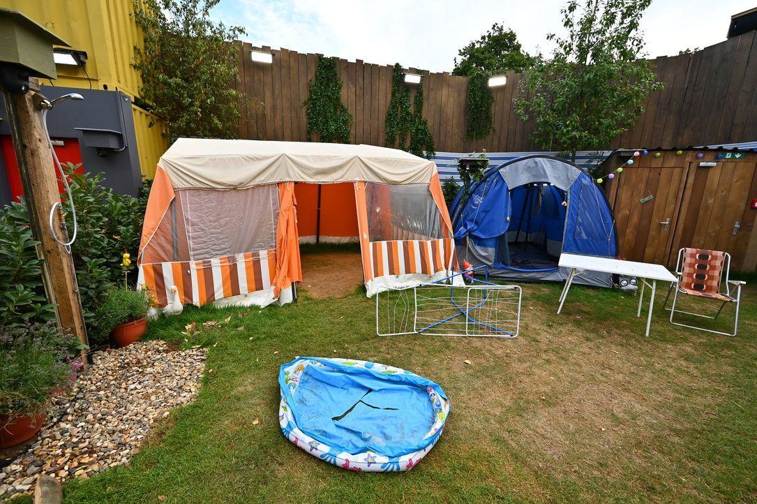 Campingplatz mit Zelten - Bildquelle: SAT.1
