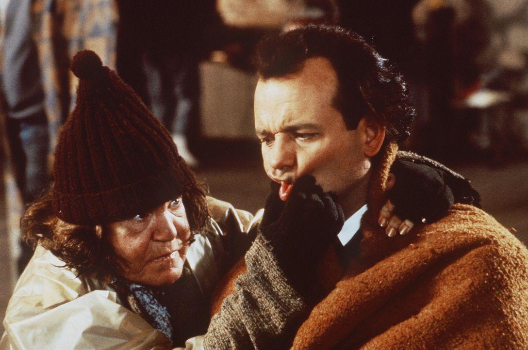 Auf drastische Weise erlebt Frank Cross (Bill Murray, r.), was Armut und Obdachlosigkeit (Anne Ramsey, l.) bedeuten ... - Bildquelle: Paramount Pictures