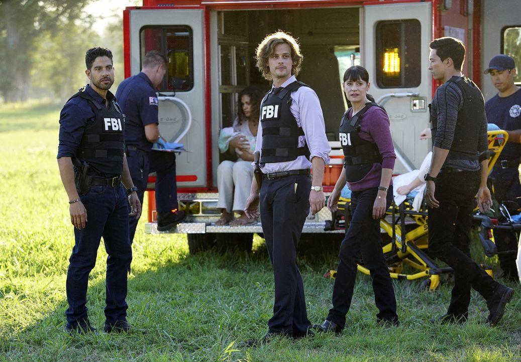 Die BAU (v.l.n.r. Adam Rodriguez, Matthew Gubler, Paget Brewster und Daniel Henney) beginnt im Laufe der Ermittlungen selbst, an Floyds Schuld zu zw... - Bildquelle: ABC Studios