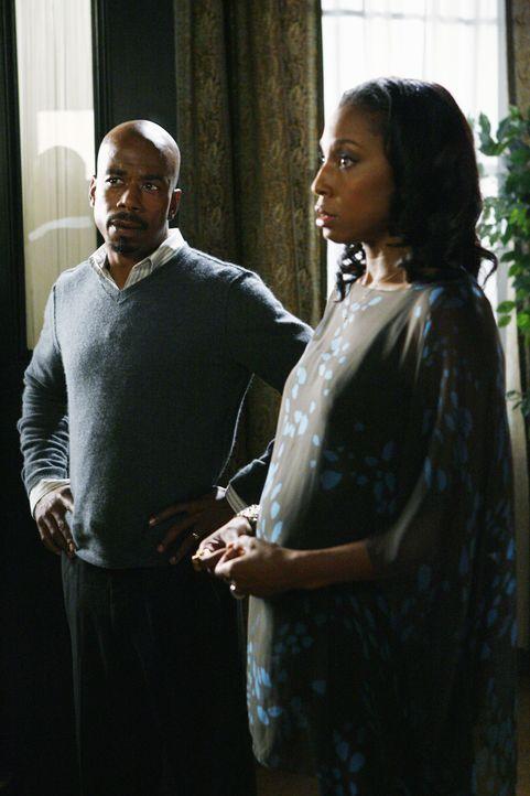 Sind Karen (Sharon Brathwaite-Sanders, r.) und Dan Osborne (Jo D. Jonz, l.) die nächsten Opfer? - Bildquelle: Touchstone Television