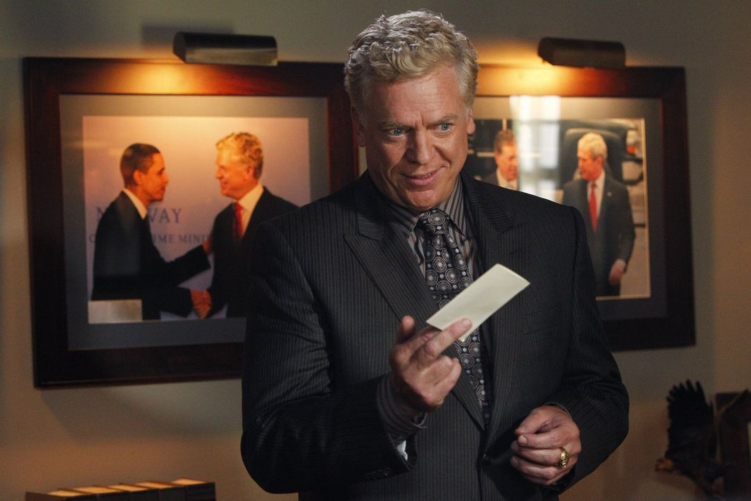 Versucht Adam einzuschüchtern: Gegenanwalt Tommy Jefferson (Christopher McDonald) ... - Bildquelle: Warner Bros. Television