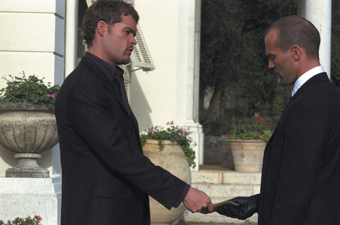 """Gangsterboss """"Wall Street"""" (Matt Schulze, l.) hat einen Auftrag für Frank (Jason Statham, r.), der diesen in große Schwierigkeiten bringen wird ... - Bildquelle: Twentieth Century Fox Film Corporation"""