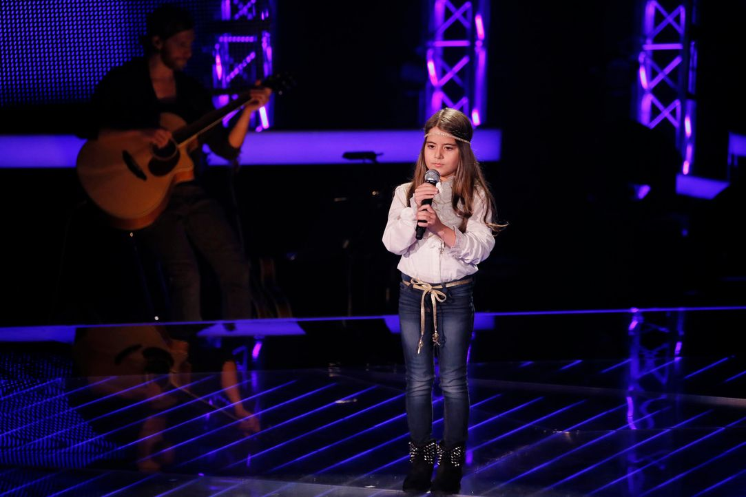 The-Voice-Kids-s04e02-Magdalina-4-SAT1-Richard-Huebner - Bildquelle: © SAT.1/ Richard Hübner