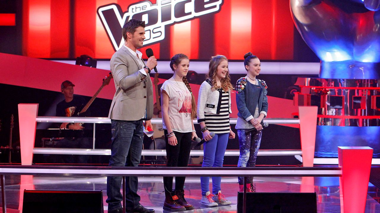 The-Voice-Kids-epi04-Rita-Sarah-Alexandra-42-SAT1-Richard-Huebner - Bildquelle: SAT.1/Richard Hübner