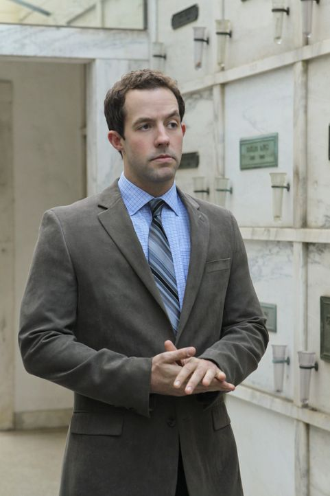Steht dem Team bei den Ermittlungen in einem neuen Fall bei: Nate Getz (Peter Cambor) ... - Bildquelle: CBS Studios Inc. All Rights Reserved.