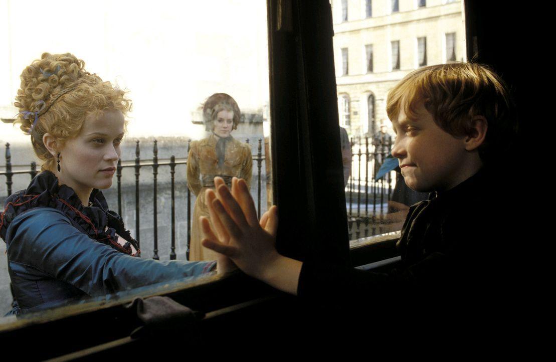 Schweren Herzens lässt Becky (Reese Witherspoon, l.) ihren Sohn Rawdy (William Melling, r.) mit dem Vater ziehen ... - Bildquelle: Granada Film Productions