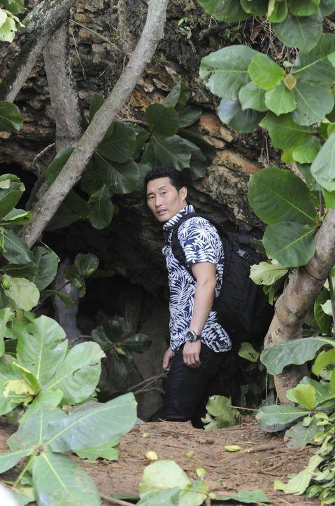 Bei den Ermittlungen in einem neuen Mordfall: Chin (Daniel Dae Kim) ... - Bildquelle: Norman Shapiro 2015 CBS Broadcasting, Inc. All Rights Reserved