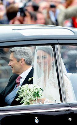 William-Kate-Einzug-Kirche-Kate-Middleton5-11-04-29-250_404_AFP - Bildquelle: AFP