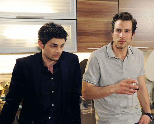 Haben es nicht immer leicht: Sebastian und Michael ... - Bildquelle: Christoph Assmann - Sat1