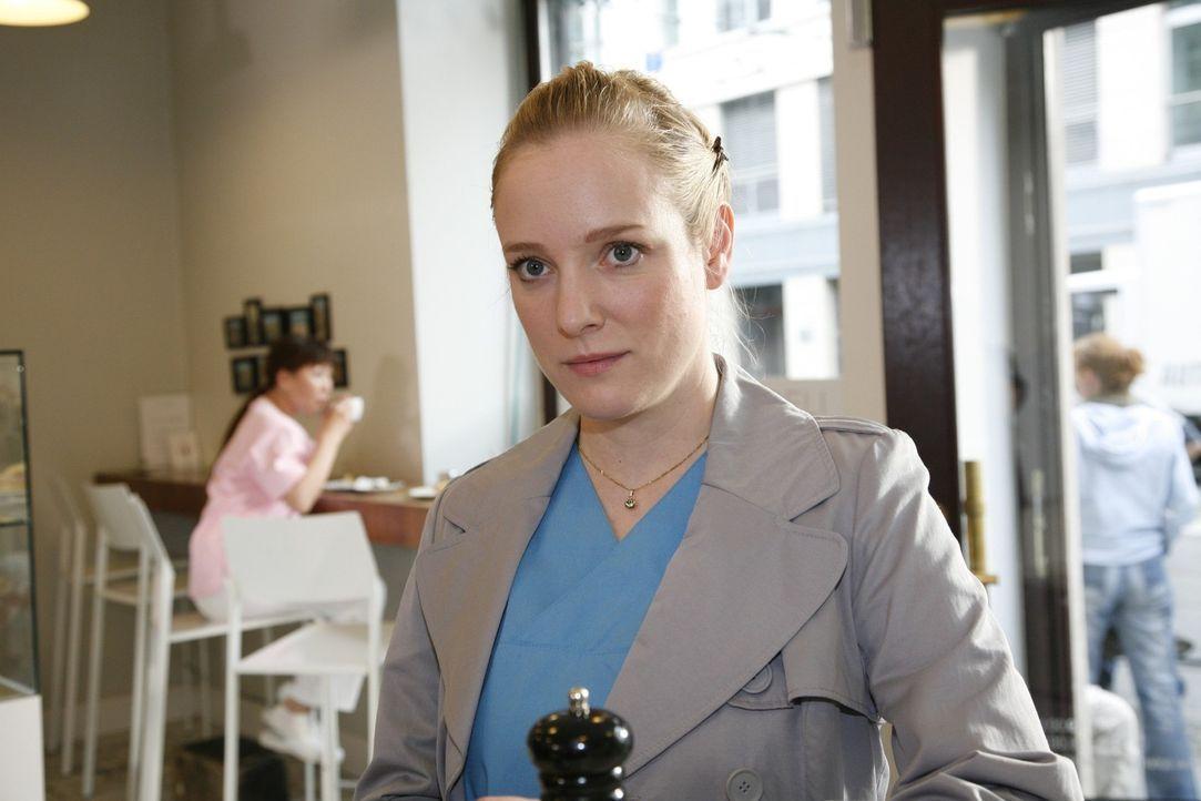 Doris Manefeld (Sarah Becker) - Bildquelle: Mosch Sat.1