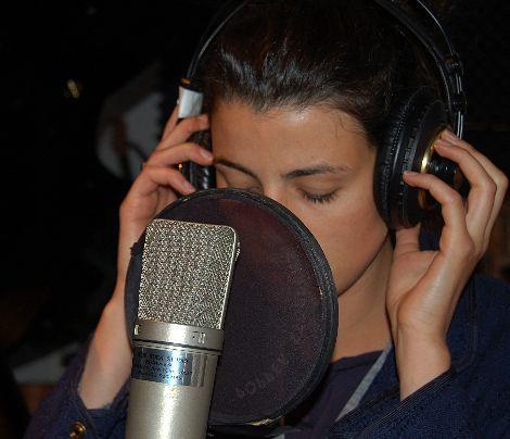 Im Studio beim Songs aufnehmen. - Bildquelle: Sarah Muehlhause