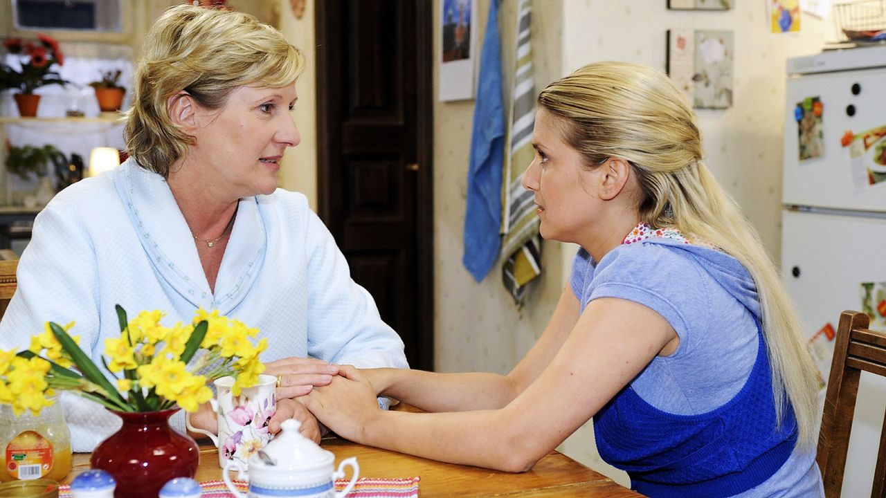 anna-und-die-liebe-Folge-209-04-SAT1-Oliver-Ziebe - Bildquelle: Sat.1/Oliver Ziebe