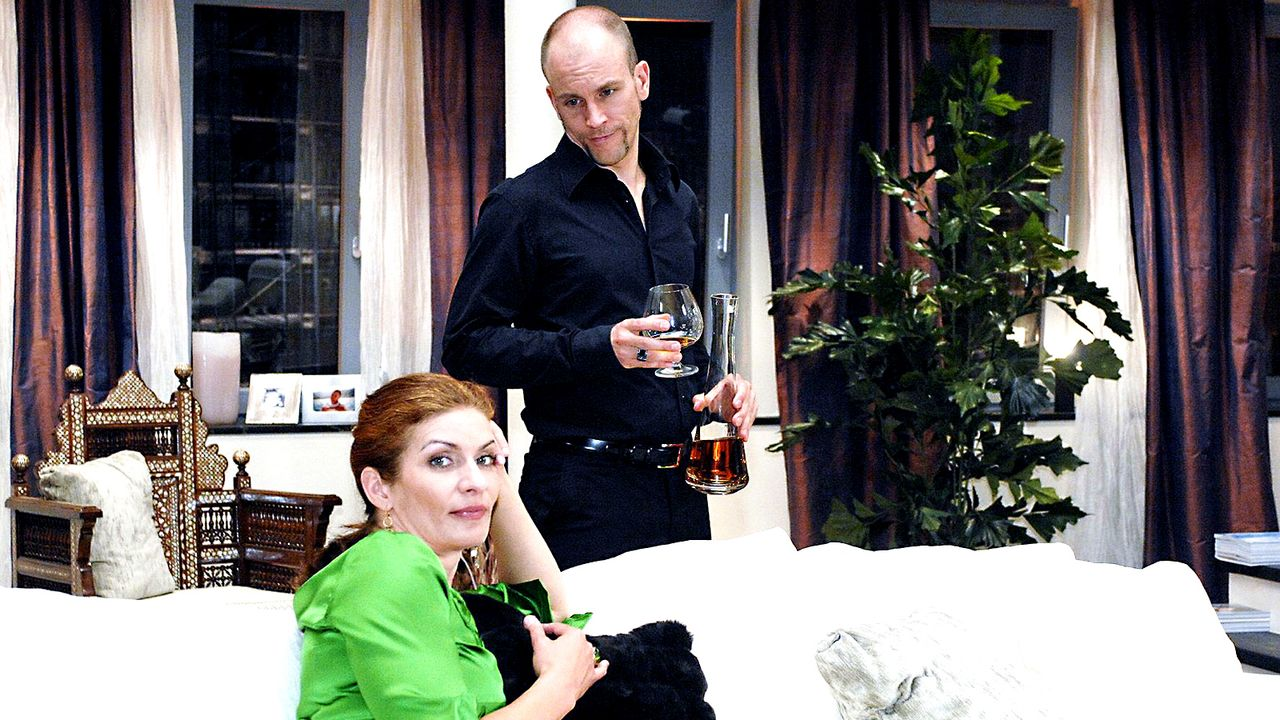Anna-und-die-Liebe-Folge-09-Bild-2-Oliver-Ziebe-Sat.1 - Bildquelle: Sat.1/Oliver Ziebe