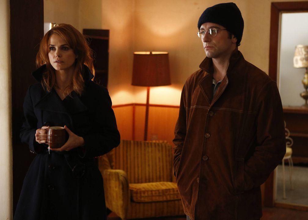 Treffen eine mörderische Entscheidung: Phillip (Matthew Rhys, r.) und Elizabeth (Keri Russell, l.) ... - Bildquelle: 2013 Twentieth Century Fox Film Corporation and Bluebush Productions, LLC. All rights reserved.