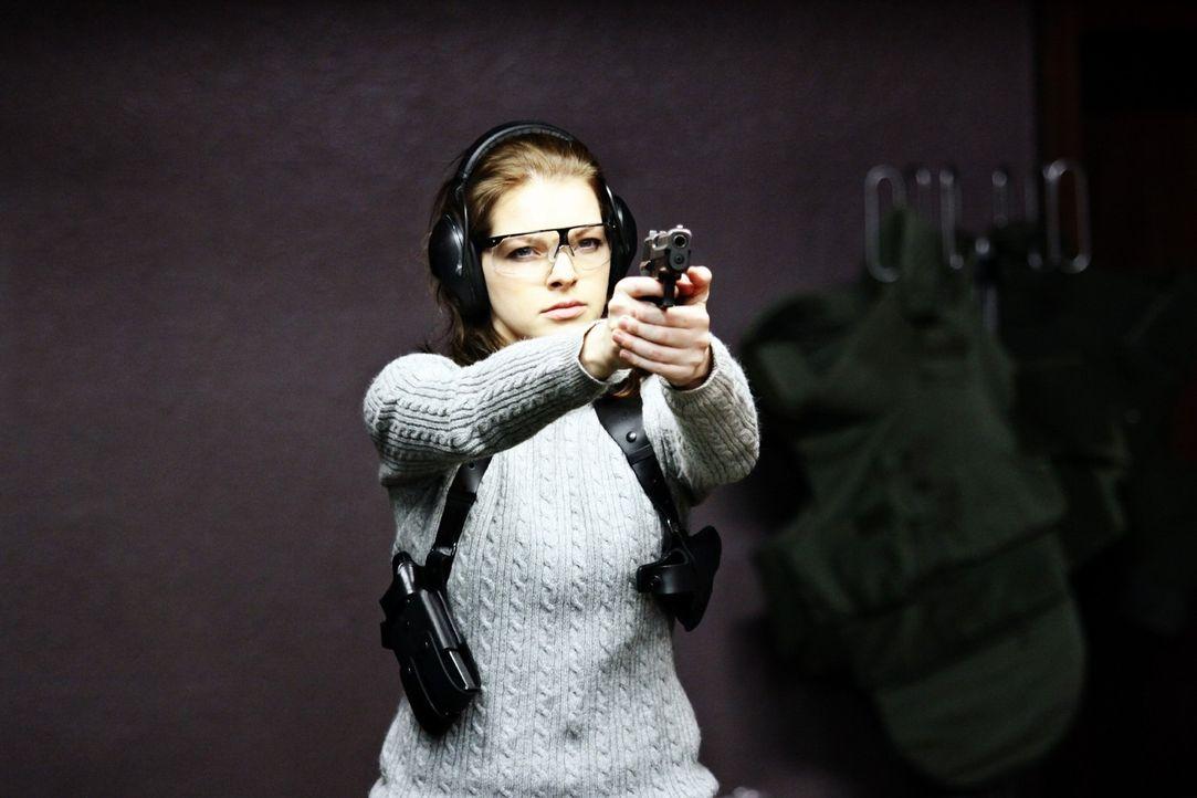 Ist fest davon überzeugt, dass Recht und Gerechtigkeit immer zusammenfallen: Erst spät erkennt die Polizisten Maria Teiss (Yvonne Catterfeld), das... - Bildquelle: Wilma Roth Sat.1