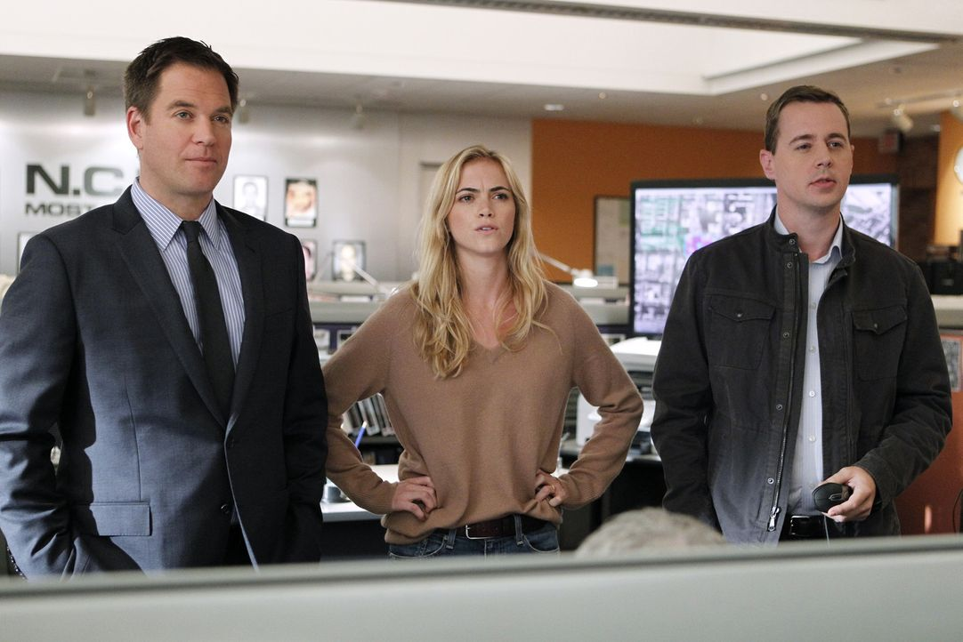 Ermitteln in einem neuen Fall: Tony (Michael Weatherly, l.), McGee (Sean Murray, r.) und Eleanor Bishop (Emily Wickersham, M.) ... - Bildquelle: CBS Television