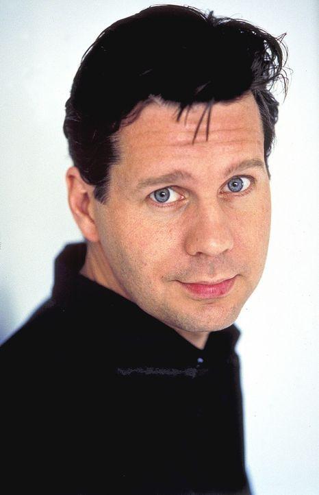 Als der erfolgreiche Jurist Dr. Daniel Sternberg (Thomas Heinze) Ines kennen lernt, verliebt er sich Hals über Kopf in die gutaussehende Galeristin... - Bildquelle: Rolf von der Heydt ProSieben