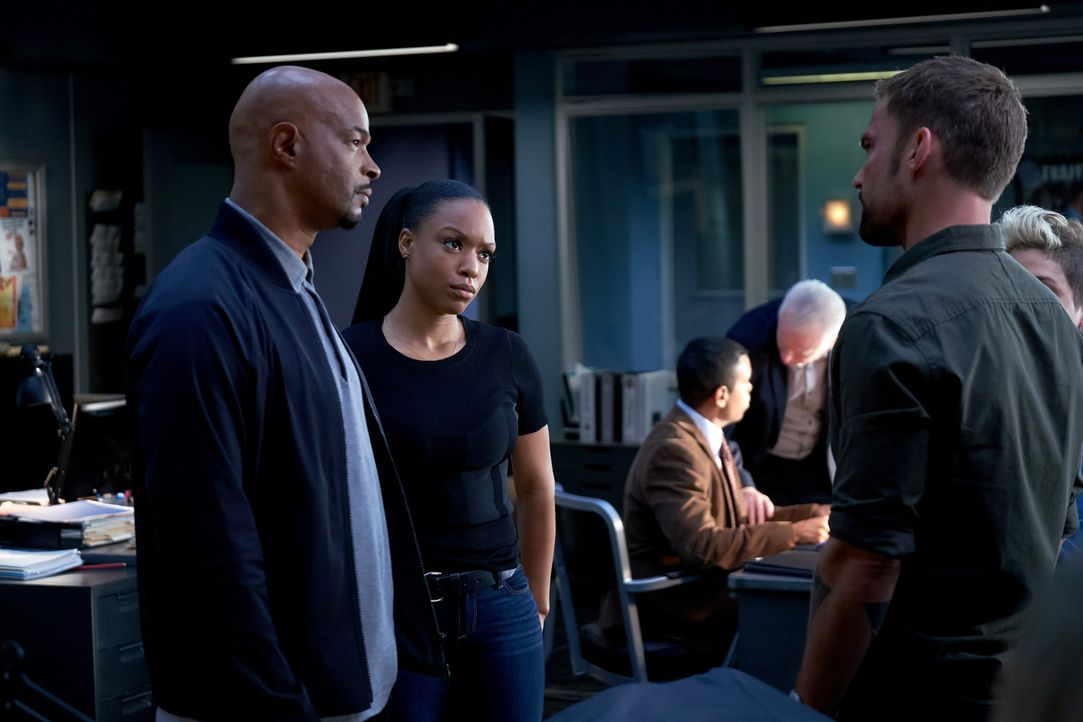 (v.l.n.r.) Roger Murtaugh (Damon Wayans); Sonya Bailey (Michelle Mitchenor); Wesley Cole (Seann William Scott) - Bildquelle: John P. Fleenor 2018 Warner Bros. Entertainment Inc. All Rights Reserved.