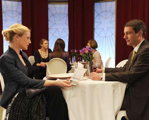 Helena findet in Stefan nicht die erhoffte Unterstützung für ihre Camp Idee ... - Bildquelle: Christoph Assmann - Sat1
