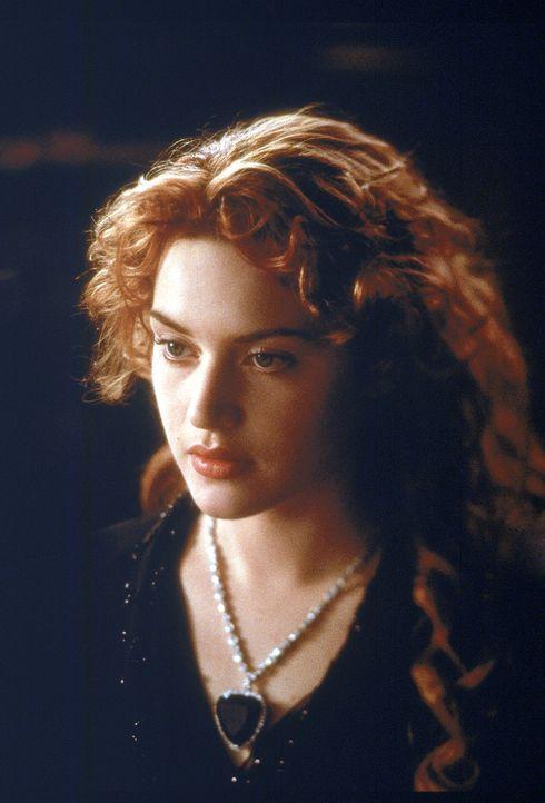 Unter Tausenden von Menschen auf der Titanic hat das Schicksal zwei ausgewählt, um in ihnen eine Leidenschaft zu wecken, die ihr Leben für immer v... - Bildquelle: 20th Century Fox