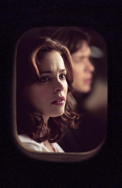 Lisa (Rachel McAdams) weiß gar nicht, wie ihr geschieht: In 10.000 Metern Höhe, in der Enge eines Flugzeugs, wird sie von einem kaltblütigen Killer... - Bildquelle: Telepool GmbH