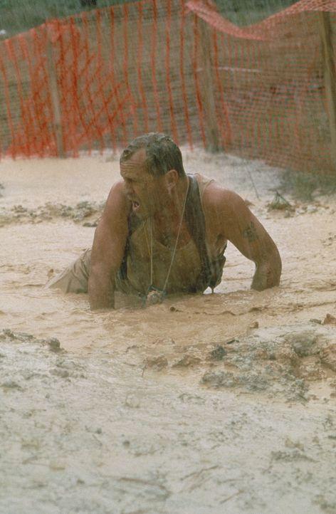Simon, der eine beträchtliche Summe fordert, damit nicht noch mehr Häuser in die Luft gehen, hat ausdrücklich gefordert, dass McClane (Bruce Will... - Bildquelle: 20th Century Fox