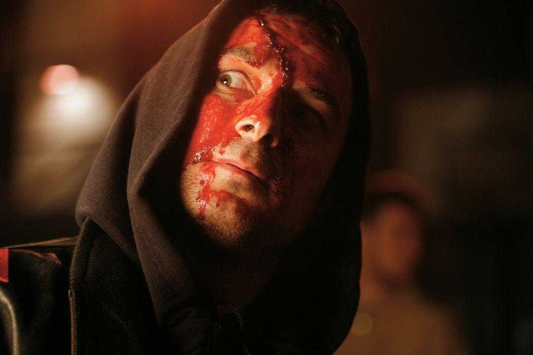 Führt seinen Gegner in eine tödliche Falle: Casey (Scott Adkins) ... - Bildquelle: Nu Image