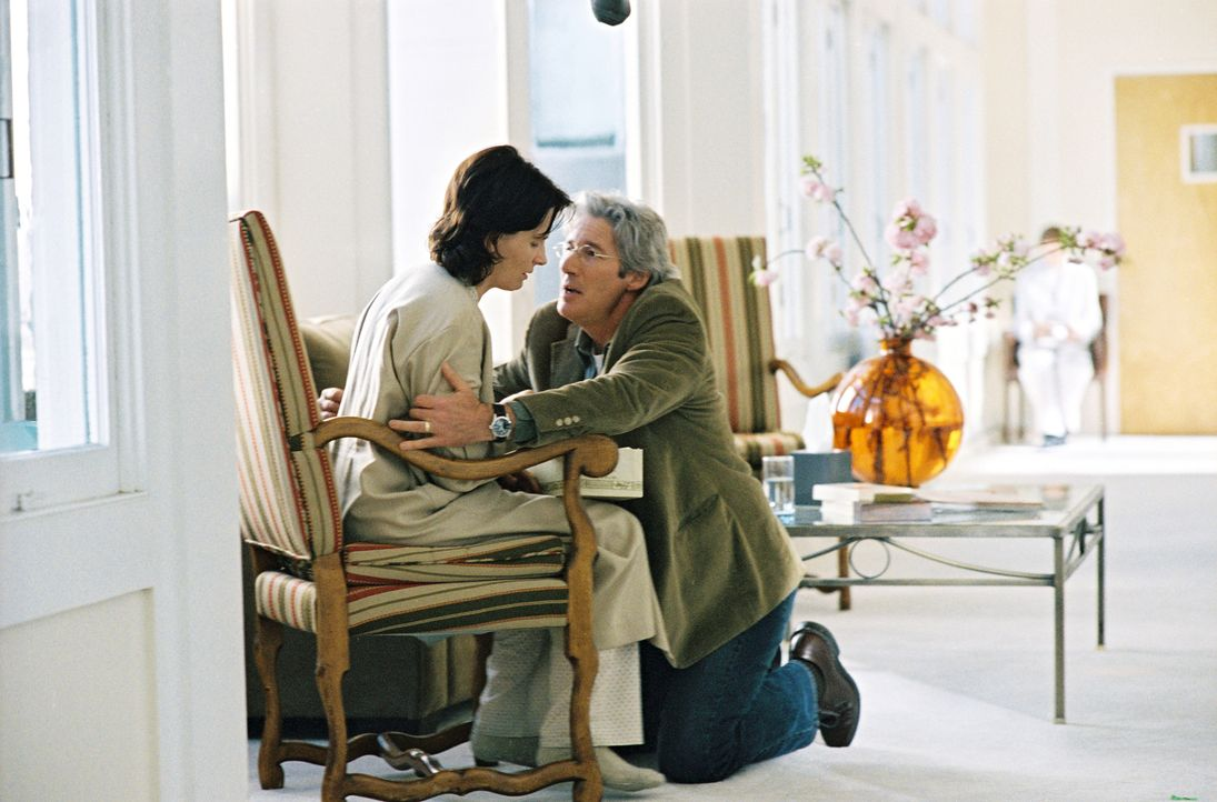 Führen eine kaputte Ehe: Saul (Richard Gere, r.) und Miriam (Juliette Binoche, l.) haben sich schon seit vielen Jahren nichts mehr zu sagen ... - Bildquelle: Copyright   2005 Twentieth Century Fox