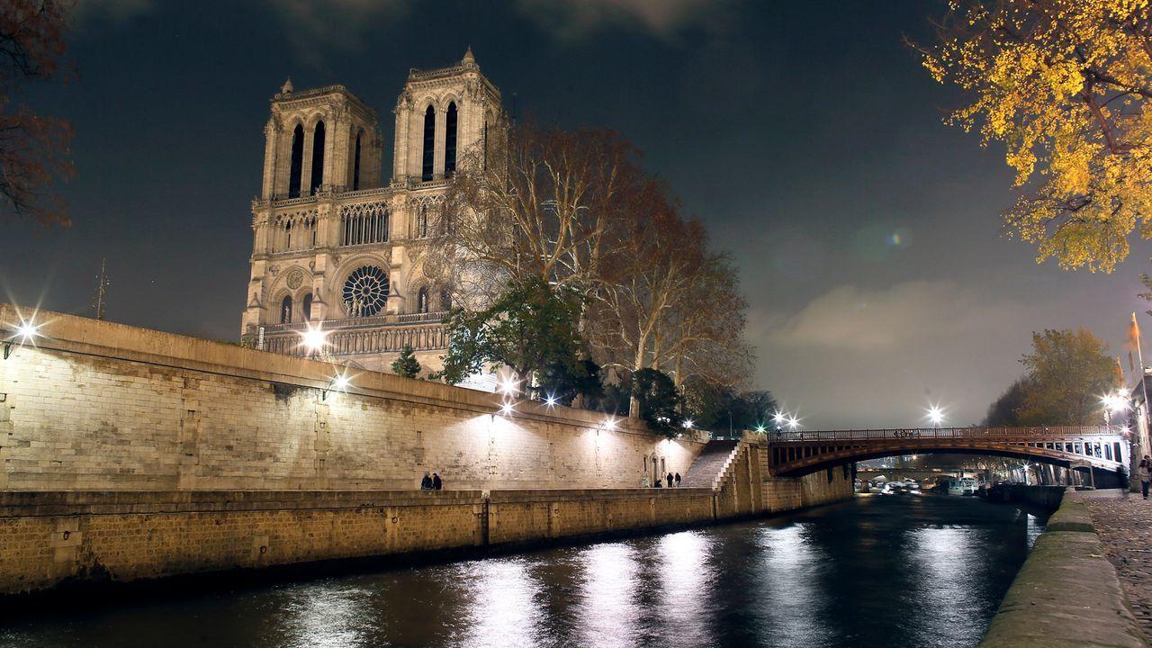 Notre-Dame-12-11-30-02-AFP - Bildquelle: AFP