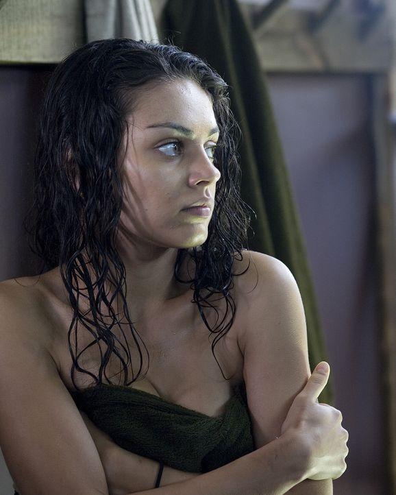 Im Boot Camp treibt der bösartige Doktor Norman Hail schreckliche Demütigungsspielchen mit den jungen Insassen. Da Sophie (Mila Kunis) nicht bereit...