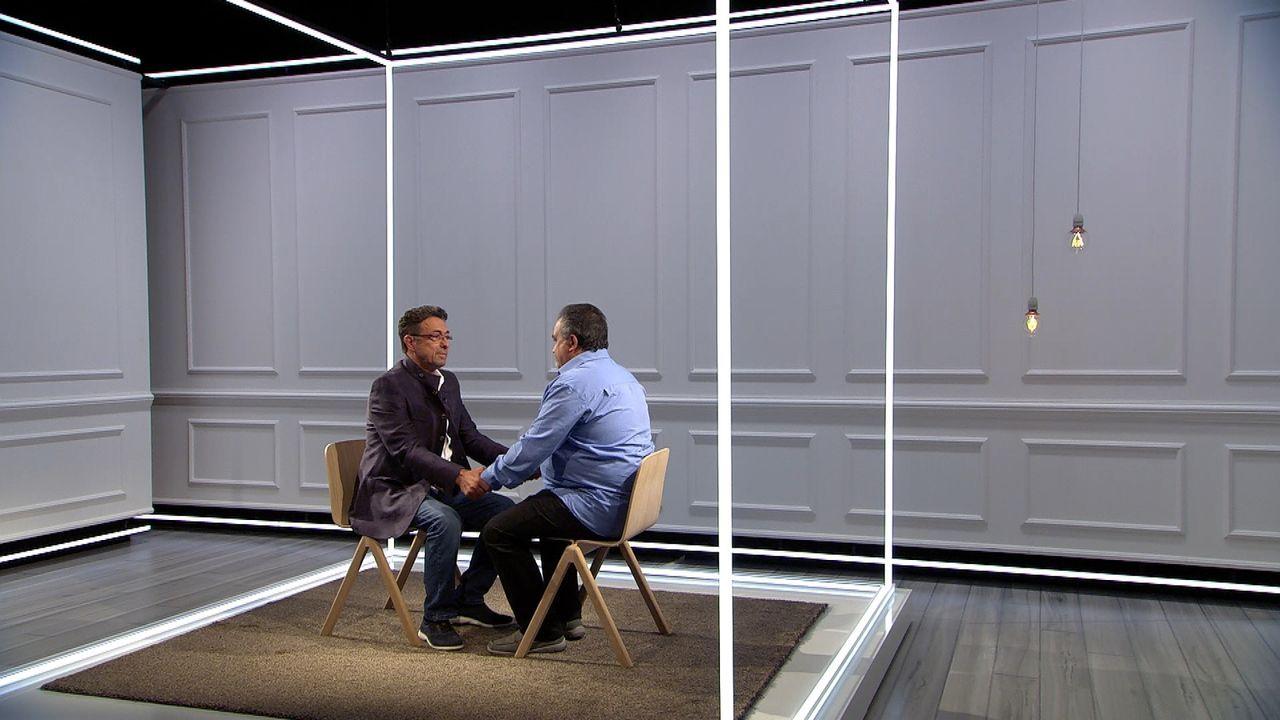 Werden sich die Brüder nach diesem Experiment wieder annähern. Oder gibt es keine Chance auf eine Versöhnung? Franco (r.) und Toni (l.) ... - Bildquelle: SAT.1